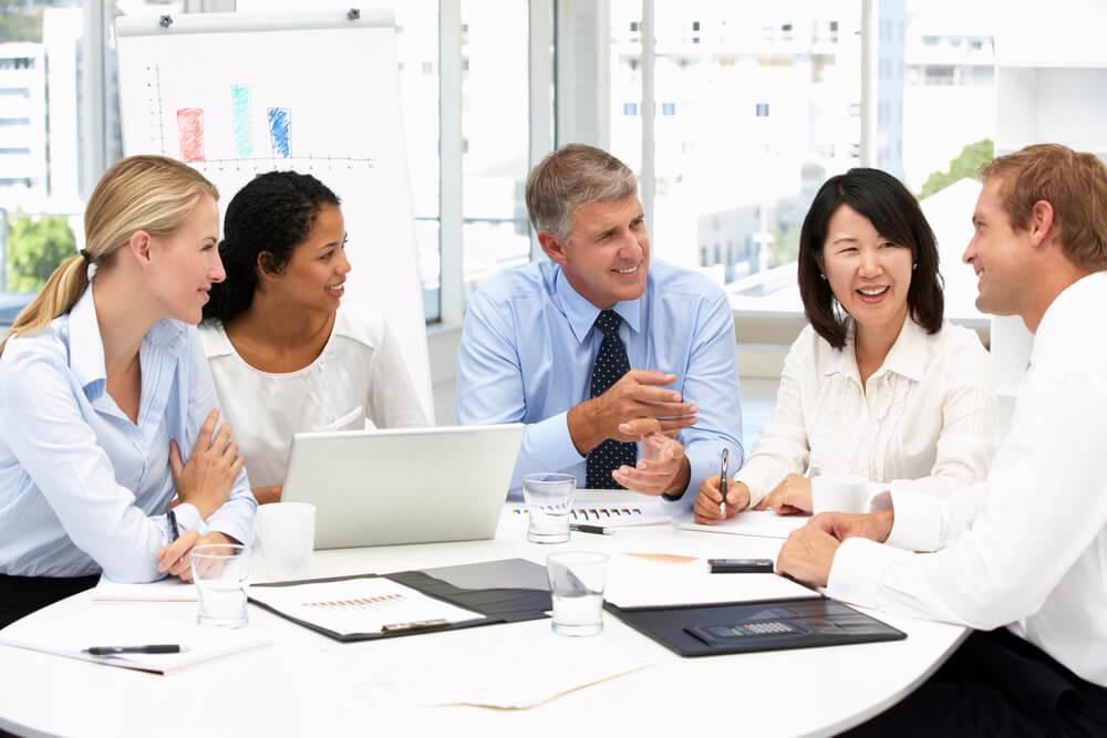 Como os líderes podem engajar os funcionários durante um retorno ao trabalho, seja presencial, remoto ou hibrido?